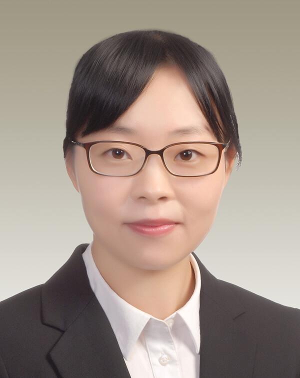 Joyce Wen 溫堅堅(300dpi)