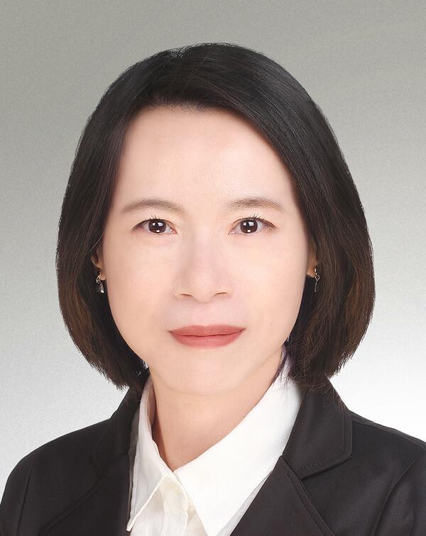 Vanessa Lai(300dpi)